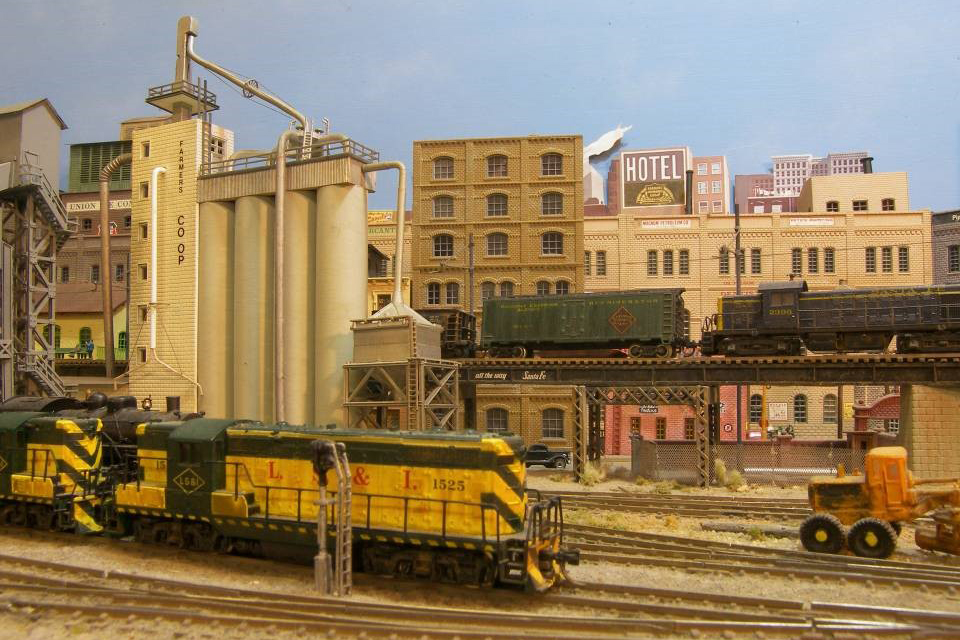 N Scale Lode Stone and Iron Railroad